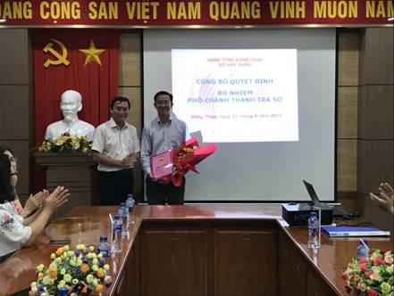 Trao Quyết định bổ nhiệm Phó Chánh Thanh tra Sở Xây dựng